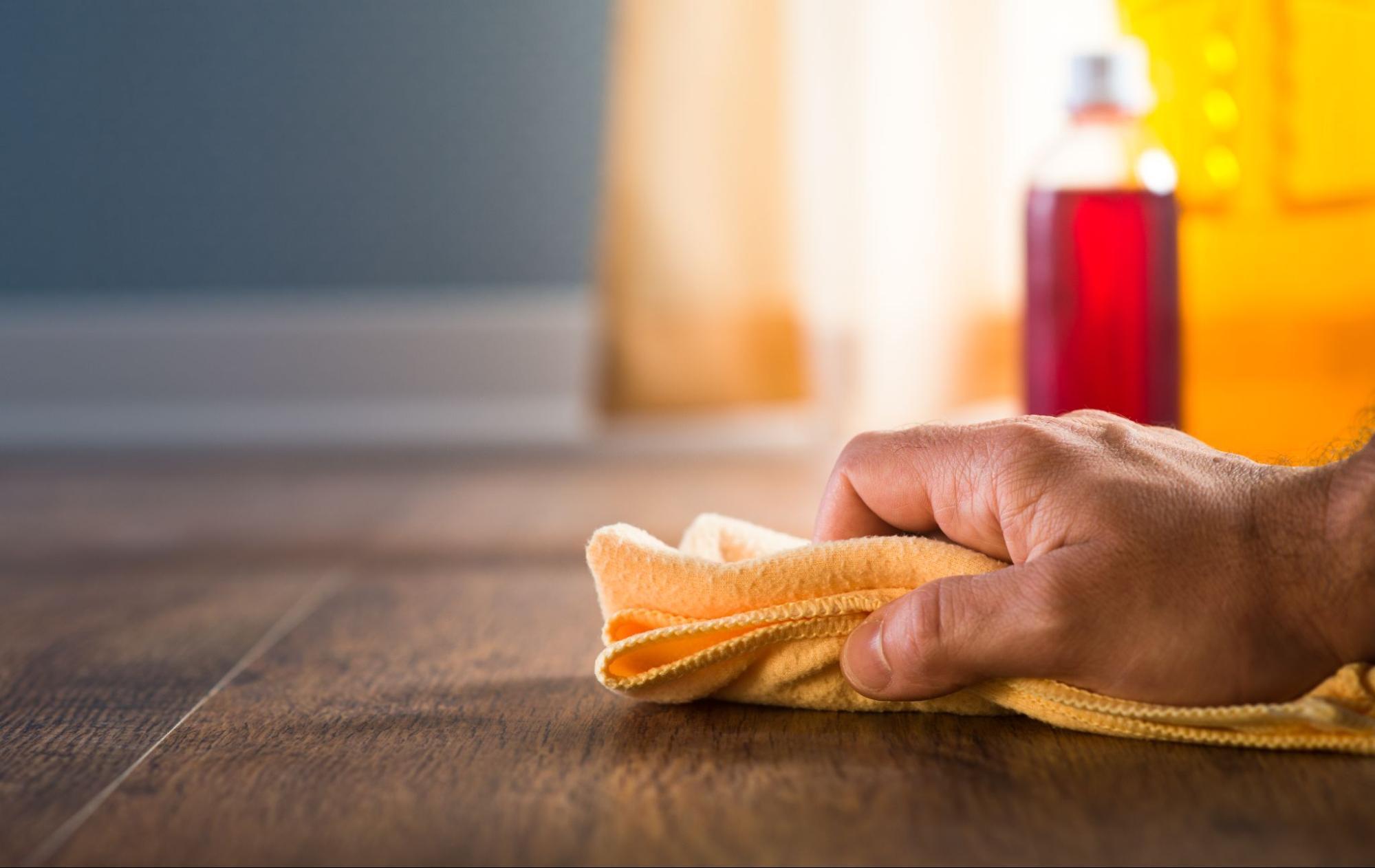 木地板保養:定期da la