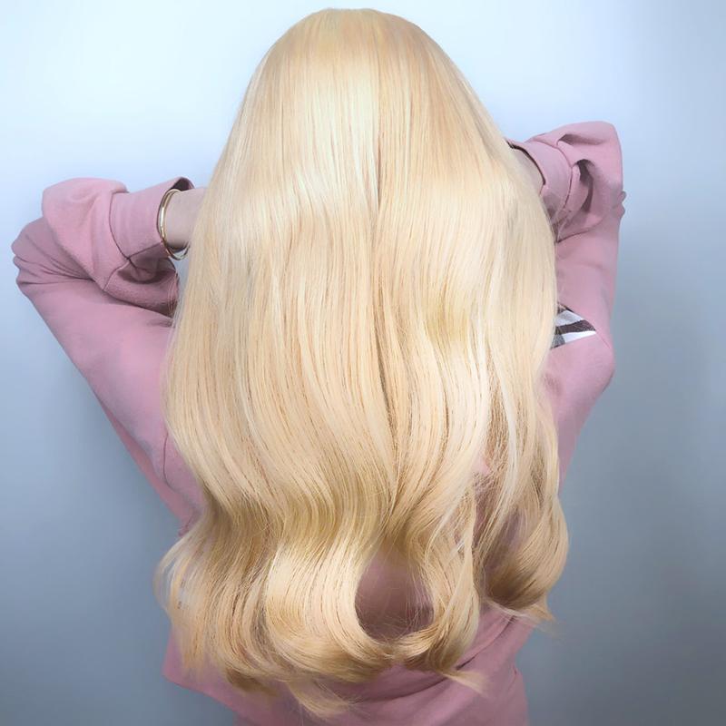 Ink Hair髮型作品集一個金長髮女孩的背影