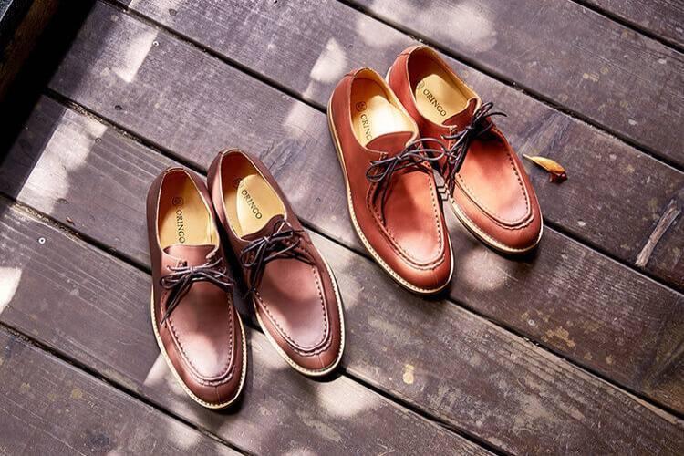 林果良品 蠟感牛皮袋鼠鞋Wallabee 磚紅色與深咖啡色