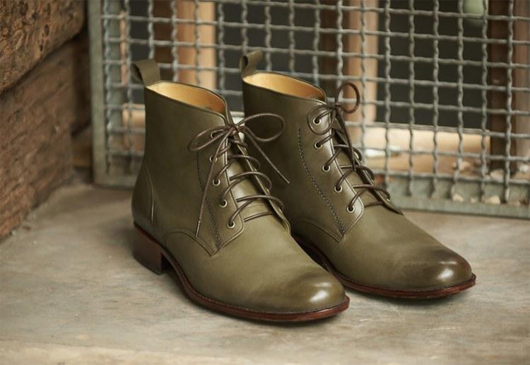 林果良品的皮底日式軍靴復刻版 軍綠色