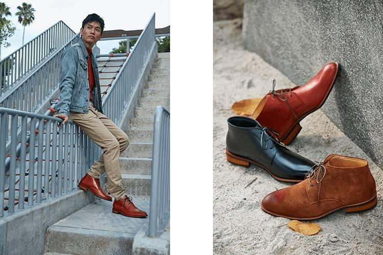 查卡靴休閒搭配牛仔外套與卡其褲