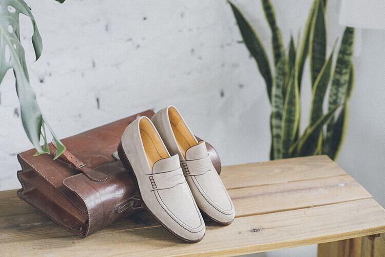 牛巴戈經典雙縫線便仕樂福鞋