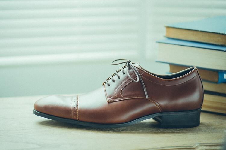 德比鞋裁片利用鋸齒製造出的小設計