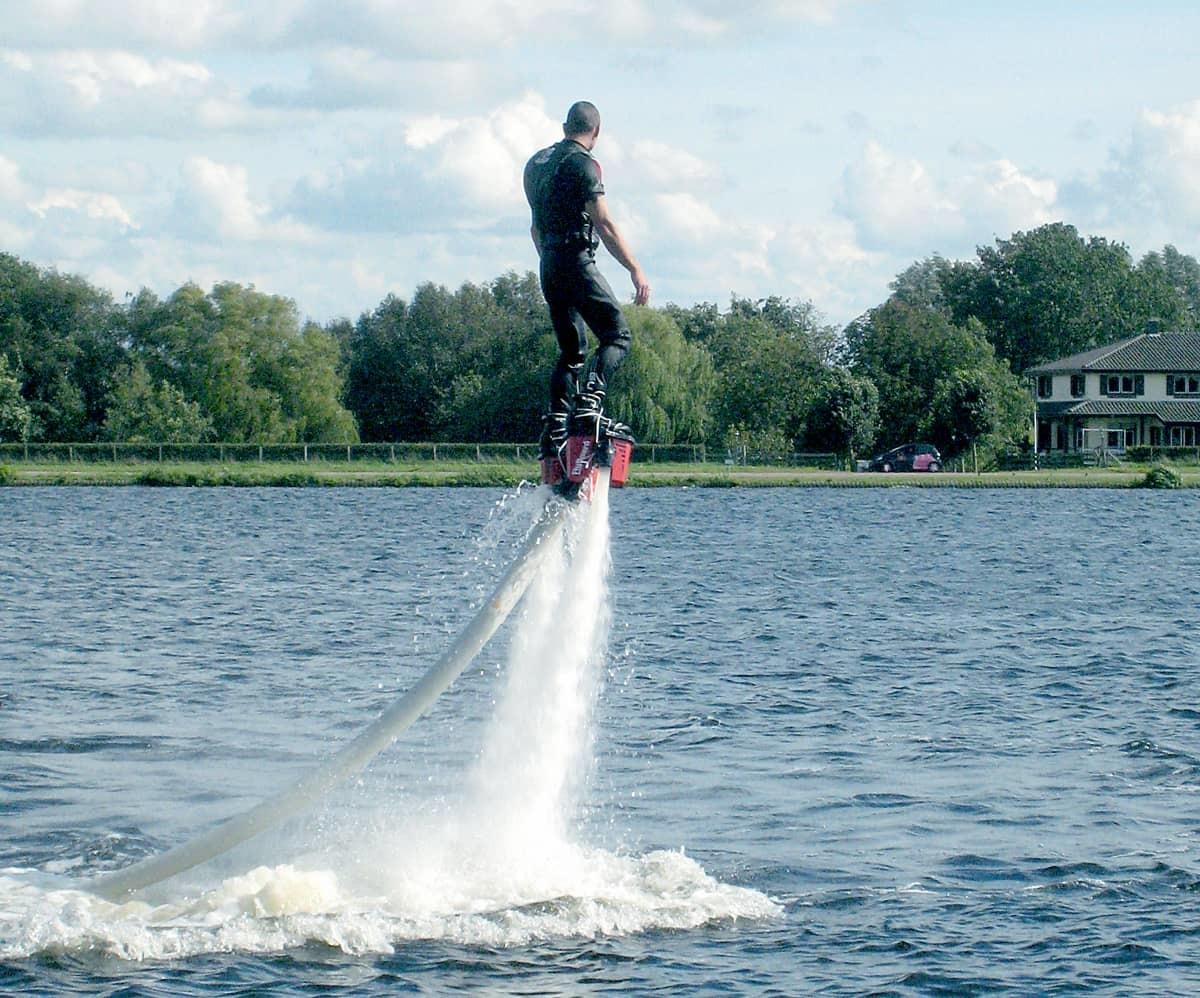 Flyboard|船P海上刺激活動推介,讓你玩轉盛夏|Kama Delivery到會外賣服務