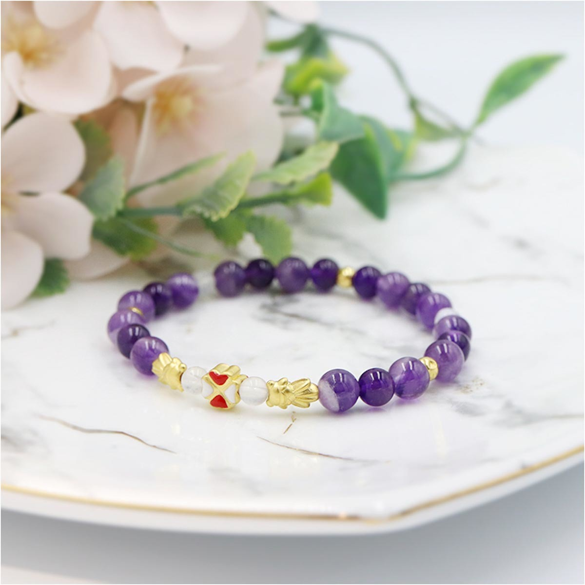 2月誕生石紫水晶源自希臘神話讓酒神保持清醒的意思