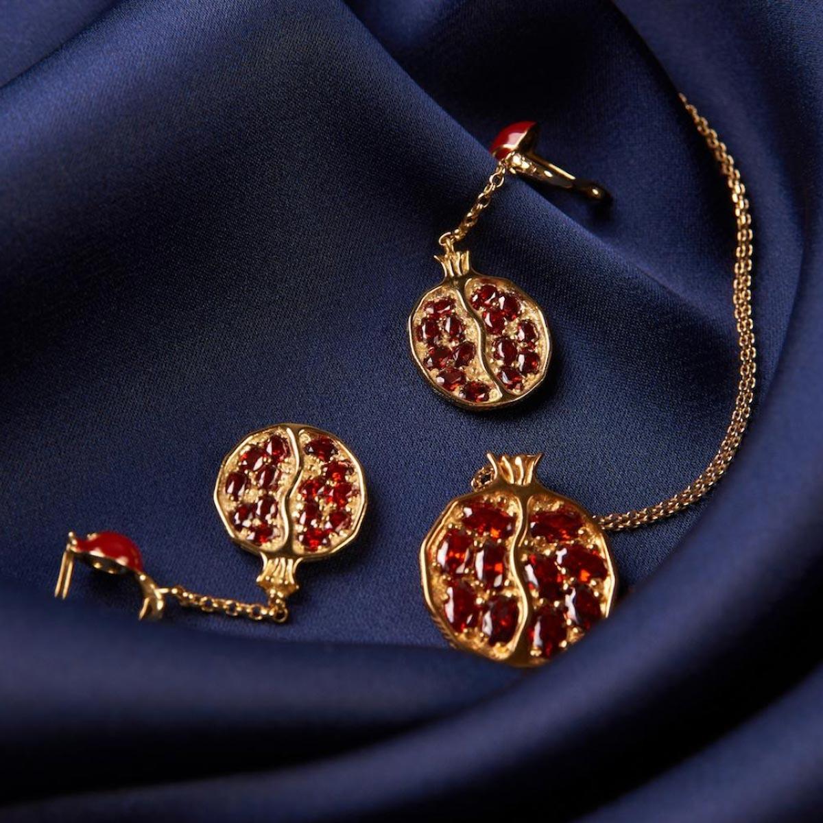 7月誕生石紅寶石象徵烈焰般的意志,能保護主人免於災難