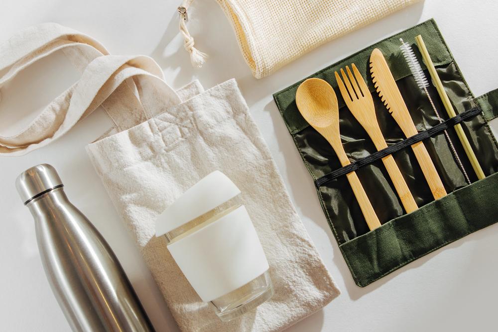 使用環保餐具實現減塑生活