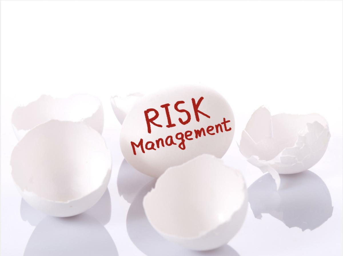 為降低難以控制或預料的事件衝擊,投資人該思考如何分散風險