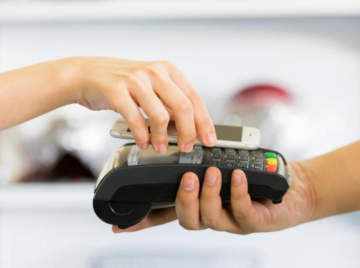 現在出門不用帶錢幣,刷手機就能付款,得歸功於信用貨幣制度