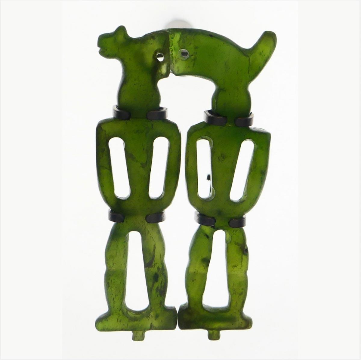 人獸型玉玦造型特殊,顯示當時工藝技術已成熟