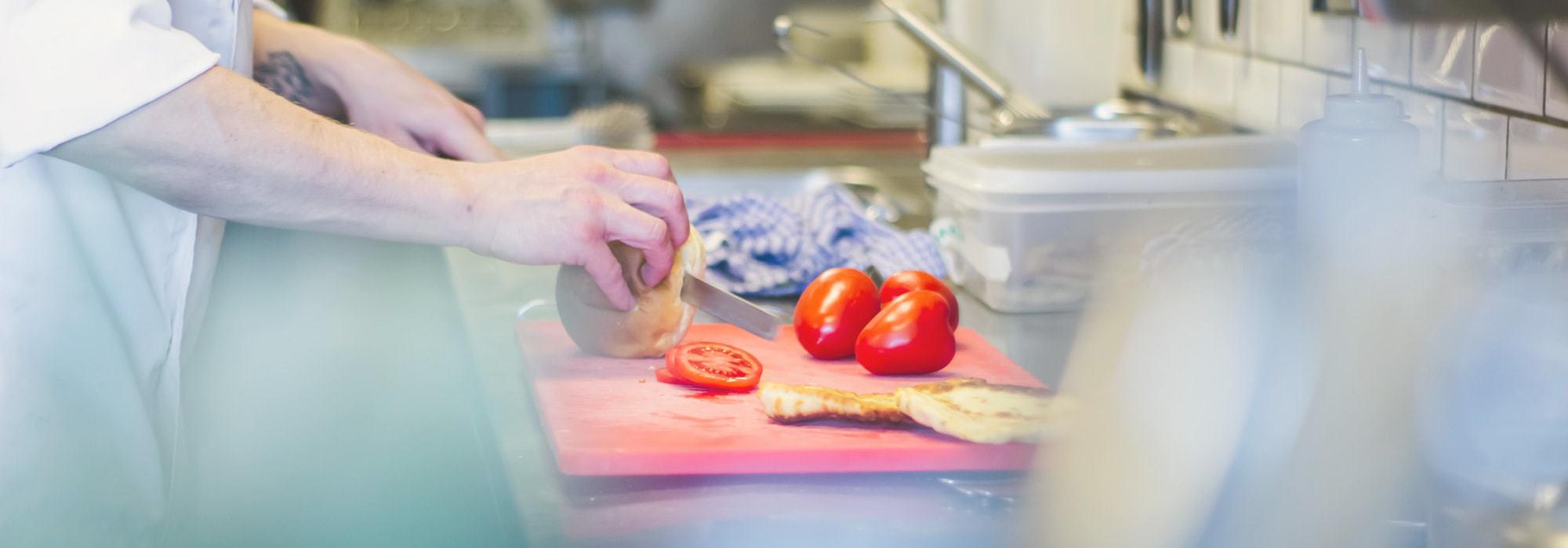 西餐廚師學徒招聘|全面解構西式廚房工作與晉升階梯|Kama Delivery到會外賣服務