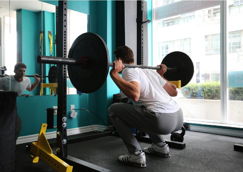 清蛋白與阻力訓練的結合促進肌肉生長