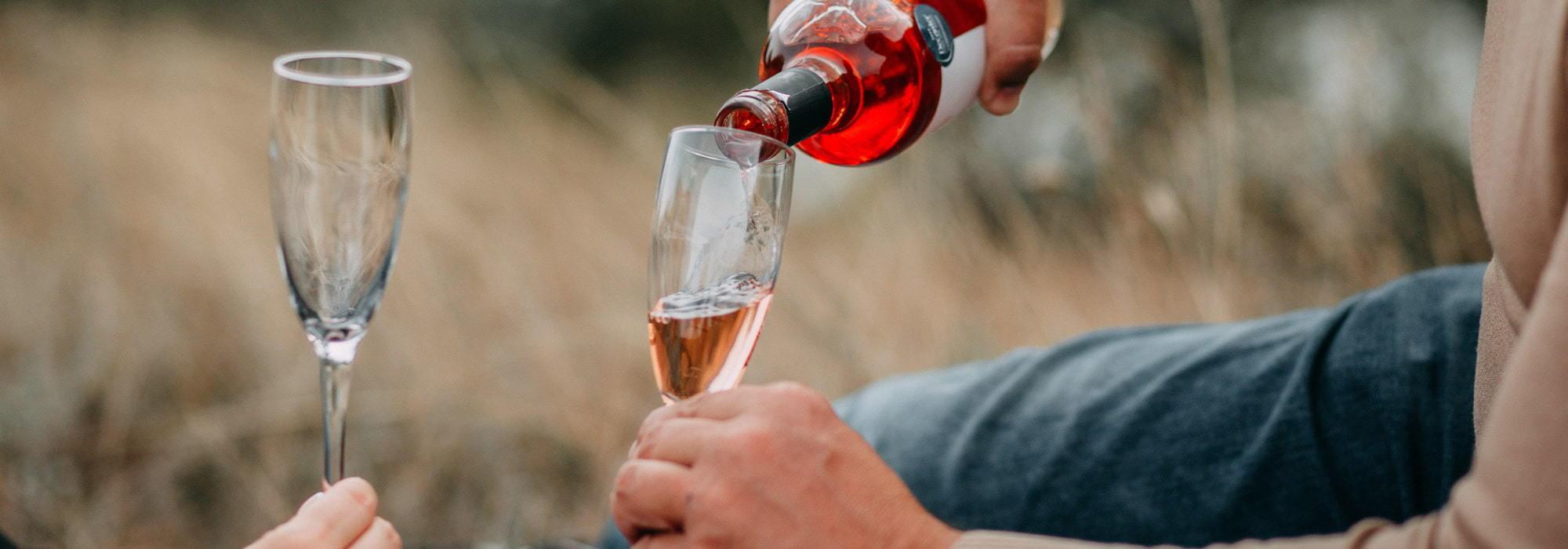 【解酒迷思】如何有效舒緩宿醉不適|5個快速解酒方法推薦