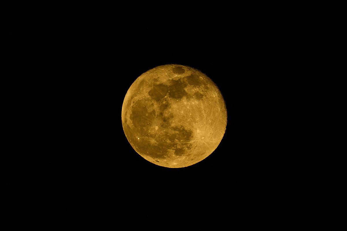嫦娥的故事 了解中秋節的傳統典故及由來