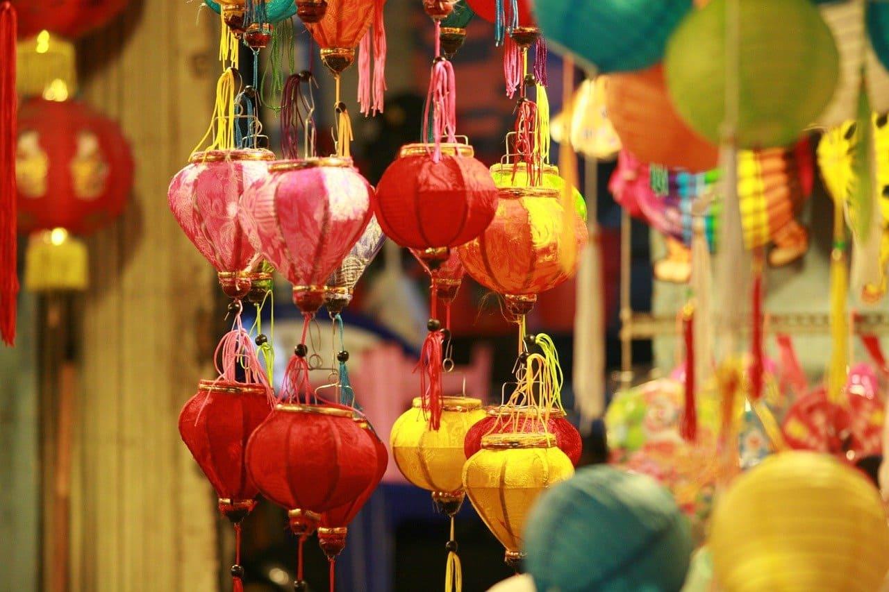 中秋跟燈籠與蠟燭的關係 了解中秋節的傳統典故及由來