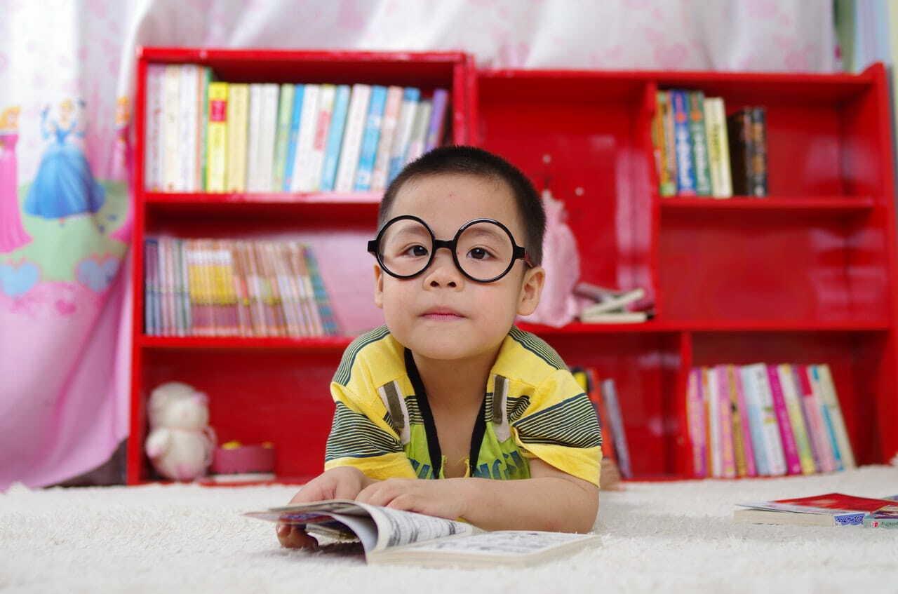 為小孩打造專屬的書架 如何培養孩子閱讀習慣 5種方法提高小朋友閱讀興趣
