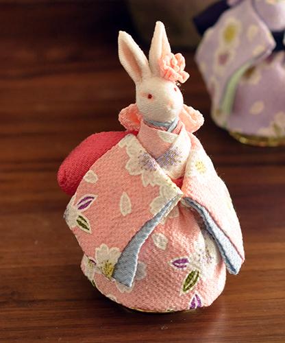 穿和服的兔子音樂盒