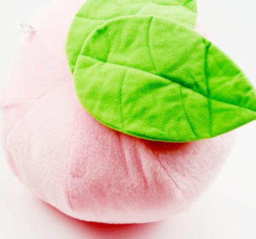 桃太郎的桃子抱枕